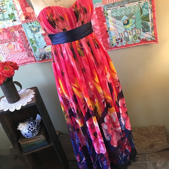 Ever Pretty Dresses & Skirts - Gorgeous Floral Gown by Ever Pretty